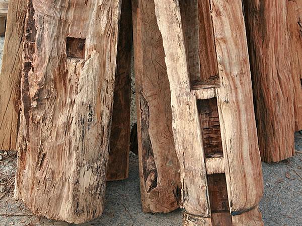 極致工藝:回收樟木樑柱